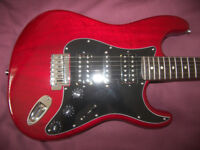 Fender Modern Player Stratocaster HSH / Crimson Red Transparent