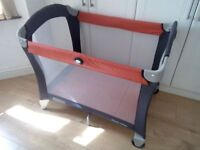 Graco Pack n Play Travel Cot/Playpen, hardly used, As-New condition, fully working