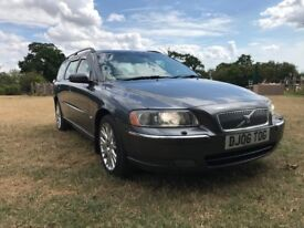 VOLVO V70 D5 AWD AUTO FVSH 9 MONTHS MOT FULLY LOADED