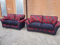 Superb Brand New 3 and 2 seater black and red sofas. Beautiful Design. Can deliver