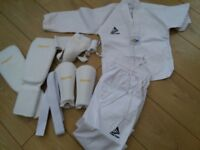 Child's taekwando top outfit and safety gear
