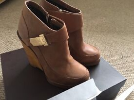 Mulberry boots for sale as new condition!