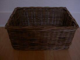 Wicker basket 50cm x 40cm (33cm x 43cm inside)