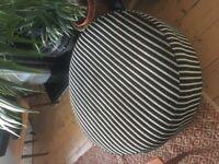 Pouffe / foot stool