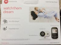 Motorola MBP18 digital video baby monitor - used but in great condition, boxed