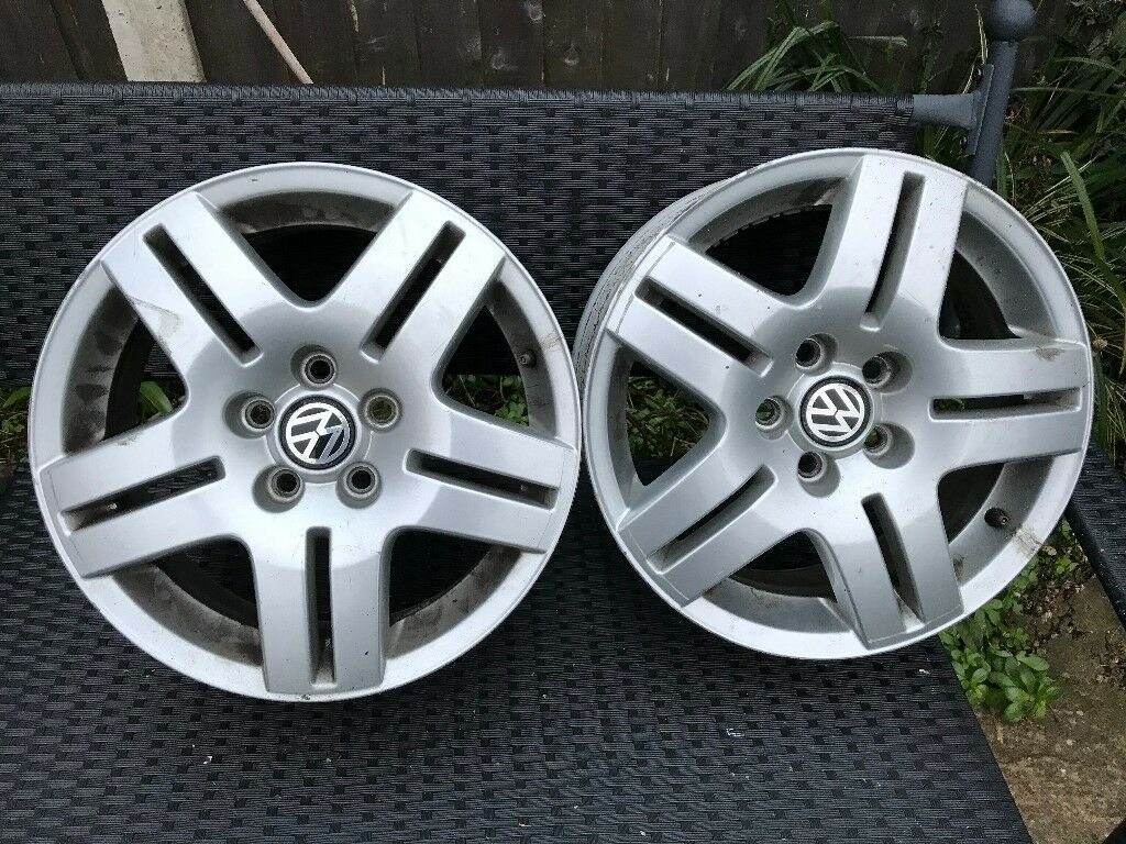 4 Alloy wheels off our 1998 VW Golf 60mm centers for wheel nuts