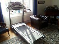 Horizon running machine in excellent condition