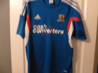 HULL CITY AWAY SHIRT VERY GOOD CONDITION SIZE MEDIUM