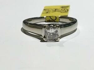 #1588 14K WHITE GOLD PRINCESS CUT DIAMOND SOLITAIRE ENGAGEMENT RING *SIZE 6 1/4* APPRAISED AT $2750.00 SELL FOR $995.00!