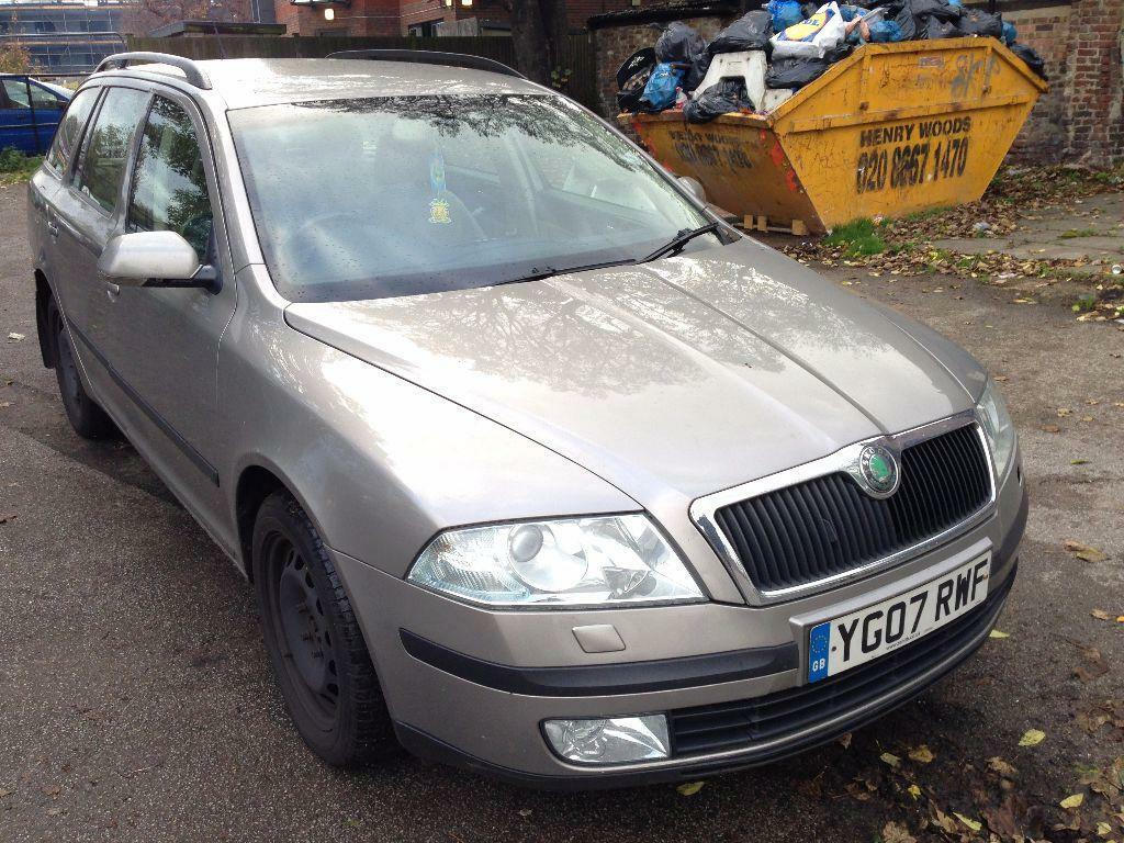 2007 skoda octavia 2 0 tdi pd laurin klement dsg 5dr diesel automatic estate in thornton. Black Bedroom Furniture Sets. Home Design Ideas