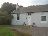 Beautiful country cottage near Stirling and motorway links to Glasgow, Edinburgh and Perth.