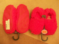 2 Pair Of Girls Fur Slippers Size 11 Pink Marks & Spencers New With Tags