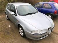 Alfa Romeo 147 Lusso 1.6 petrol 2005