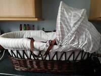 Rocking moses sleeping cot