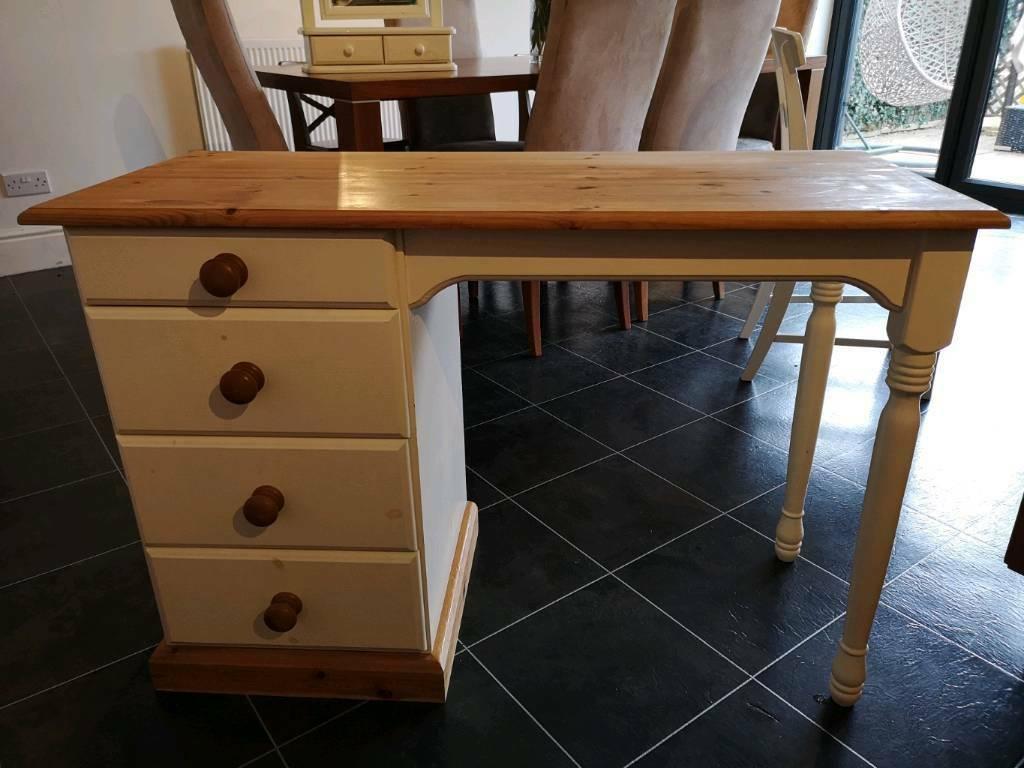 Dressing Table Chair And Mirror In Reading Berkshire Gumtree