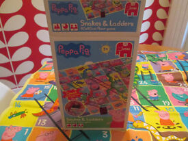PEPPA PIG SNAKES & LADDERS - BOXED - VGC