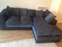 Corner sofa in very good condition, pets free