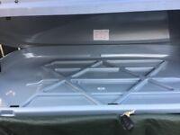Halfords 250litre roof box