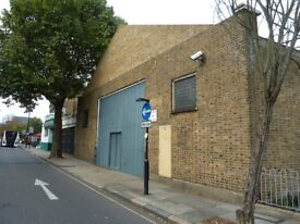 Live work Style unit to rent in 680 sq ft ground floor warehouse with mezzanine in N7 Camden Road