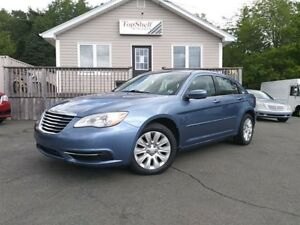 2011 Chrysler 200 LX | ONE OWNER | CLEAN & AFFORDBLE |
