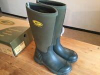 Grubs Frostline wellington boots. Size 5(37)