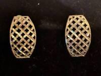 Gold lattice earrings