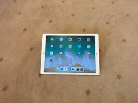 "Ipad Pro 12.9"" - 128Gb - Works as New - Cracked screen"