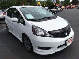 2013 HONDA FIT SPORT- FRONT WHEEL DRIVE, ALLOY WHEELS, SECURITY  Windsor Region Ontario image 8
