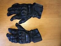 Merlin motorcycle gloves. Men's XL size. Excellent condition.