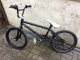 Mongoose BMX child's - black, good condition - 30cm frame