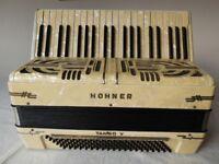 Piano Accordion. Hohner Tango V