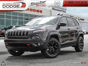 2017 Jeep Cherokee Trailhawk| GOLD PLAN EXT WARR| NAV| ROOF