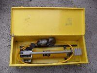 Kompress, two speed, hydraulic foot pump, crimper, crimping tool head & case.