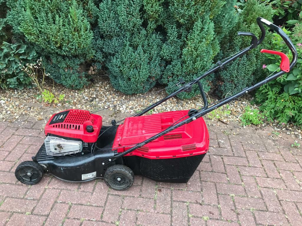 MOUNTFIELD SELF PROPELLED PETROL LAWNMOWER SERVICED VGCin Norwich, NorfolkGumtree - MOUNTFIELD self propelled petrol lawnmower serviced runs very well Height adjust deck Chassis is solid n rot or damage Dereham £75