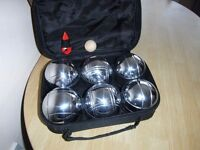 6 HEAVY BOULES AND BAG