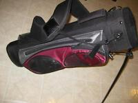 SMALL GOLF BAG WITH SHOULDER HARNESS