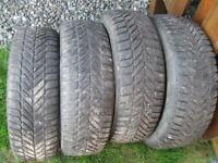 4 pneus p195/70r14