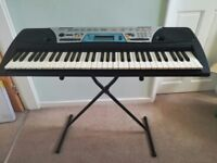 Yamaha PSR-170 keyboard and stand