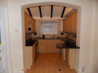 ONE BED FLAT IN LUTON TOWN CENTRE , WITH PARKING ! STUNNING KITCHEN