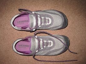 Merrell Barefoot Glove Trainers in very good condition, size 4, worn twice only. Pack down small.