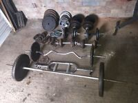 Maxi muscle weights bench and 225kgs cast iron weights