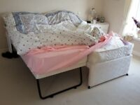 TRUCKLE/GUEST BED