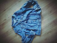 Old school denim jacket size 40!!