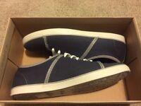 Clarks Rorric Plain Blue Canvas new never worn!!!!