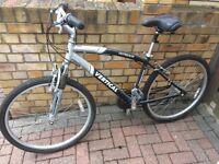 Men's black and silver bike
