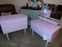SELLING CHILDS DRESSING TABLE & DRAWERS SET (CANDYFLOSS PINK) FURNITURE MADE BY SCHRIEBER