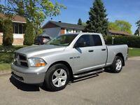 2010 Dodge Ram 1500 SLT/Sport/TRX 4X4  HEMI FLEX FUEL 1 ANS GARA