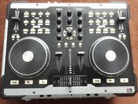 AMERICAN AUDIO VMS2 DJ CONTROLLER WITH FLIGHT CASE