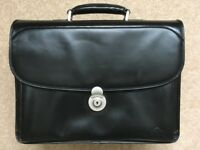 Stylish Real Black Leather Briefcase For Laptop And Documents With Shoulder Strap