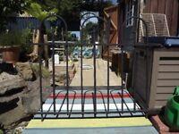 4 Metal Fence Panels